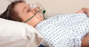 Ai aceste simptome? Mergi la doctor de urgenţă! E MENINGITĂ