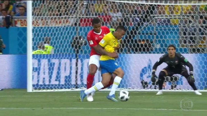 Brazilia, doar egal cu Elveția