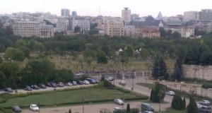 Două mitinguri în fața Parlamentului, miercuri. Unul impotriva PSD, unul pentru Klaus Iohannis