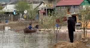 Prăpăd în ţară, după furtuni: peste 400 de gospodării distruse numai în Alba
