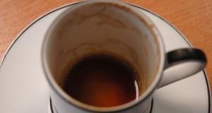 Câtă cafea ai voie să bei zilnic. Ce se întâmplă în corpul tău când depăşeşti limita