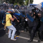 Astăzi aflăm cât de inofensive au fost gazele folosite de jandarmi