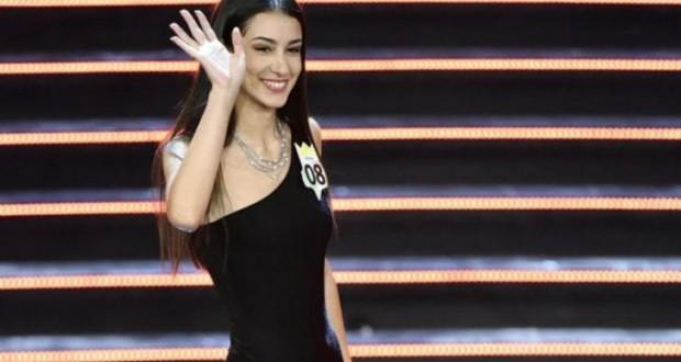 Revoltă la Miss Italia, din cauza unui fotomodel fără picior