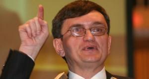 Avocatul Poporului, somat să atace la CCR ordonanța privind referendumul pentru familie