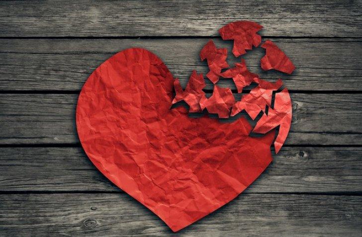 4 zodii care intră în relaţii din interes. Nu ştiu ce-i dragostea!
