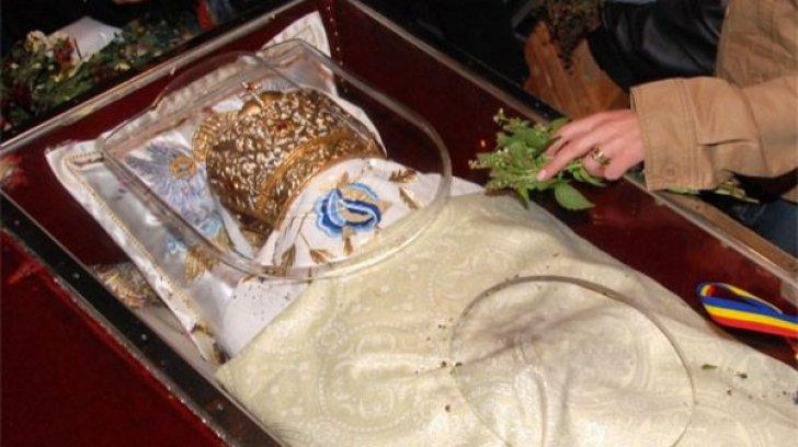 Sfânta Parascheva: 150 de autocare cu pelerini din Voluntari au dat peste cap circulaţia în Iaşi