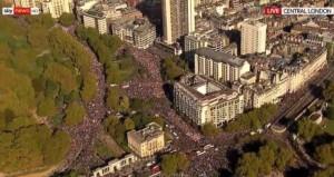 Manifestaíe uriaşă la Londra, oamenii cer încă un referendum pe Brexit