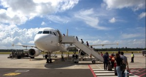 Cum poti economisi până la 56% din preţul biletelor de avion către destinații europene