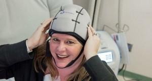 Casca pentru pacientele cu cancer de sân care oprește căderea părului