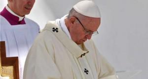 Fără precedent! Papa Francisc a recunoscut agresiunile sexuale din interiorul Bisericii Catolice