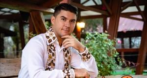 """Cea mai nouă melodie a interpretului de muzică populară Alin Olan este""""Mândra mea frumoasă """"-Videoclipul melodiei a fost filmat la Hanul Ana Lugojana din Lugoj anul trecut"""