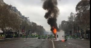"""Violenţe şi arestări în Franţa, la protestele """"vestelor galbene"""""""