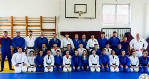 """Loturile Olimpice de Judo ale României urează tuturor """"UN PAŞTE FERICIT!"""""""