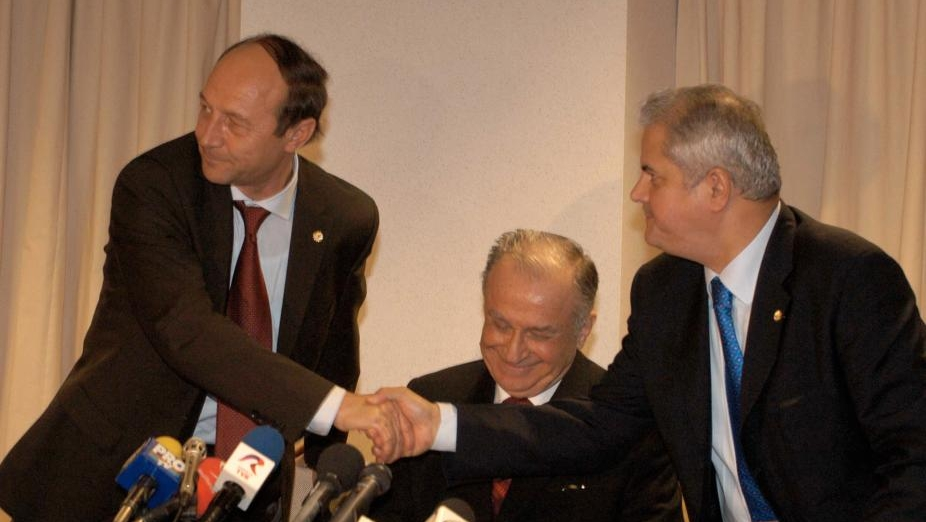 Traian Basescu, BATUT de Adrian Nastase! Cum s-a produs altercatia dintre cei doi