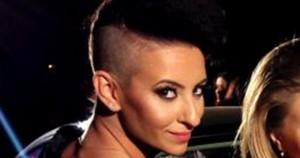 Giulia a facut o schimbare de look, SOC! Vezi aici cum arata artista acum! Iti place cum ii sta?
