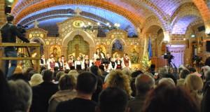 Concert de pricesne de Florii la Catedrala Episcopală Sfânta Treime din Baia Mare(GALERIE FOTO)