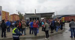 Clipe de panică la Timişoara, sute de oameni evacuaţi, s-a declanşat sistemul RO-ALERT