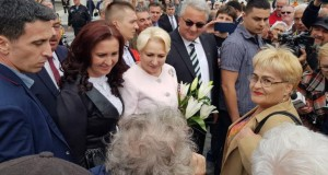 """Ca pe vremea lui Ceauşescu! """"Excursii"""" gratuite pentru elevi, cu prilejul vizitei lui Dăncilă?"""