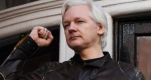 Julian Assange, condamnat la un an de închisoare, în Marea Britanie