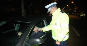 Doi șefi din Poliția Română, prinși băuți la volan